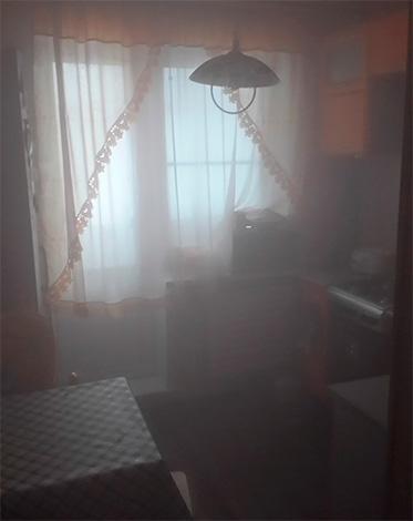 Entro circa 1-2 ore, il fumo avrà il tempo di riempire completamente l'intero volume della stanza - in questo modo, gli scarafaggi saranno distrutti in qualsiasi angolo.